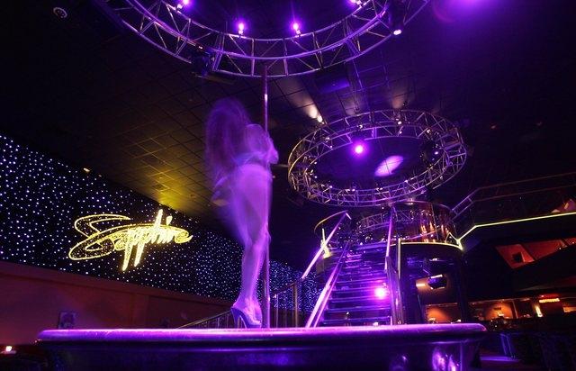 Las vegas strip club hosting coronavirus